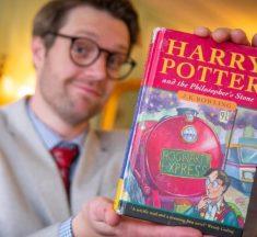 Harry Potter ve Felsefe Taşı'nın Nadir Bulunan İlk Baskısı Yüksek Fiyattan Alıcı Buldu!